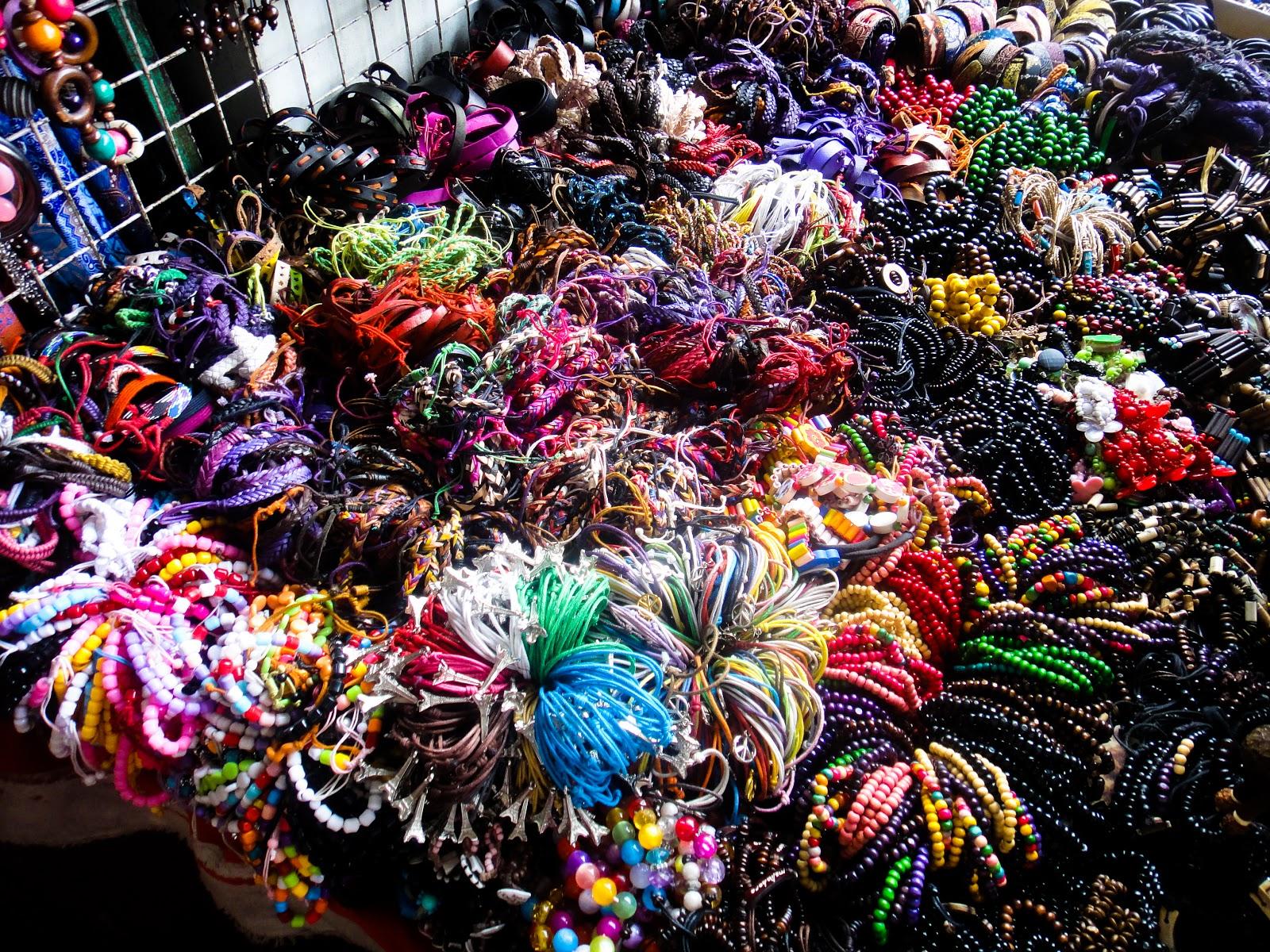 pusat grosir souvenir di surabaya