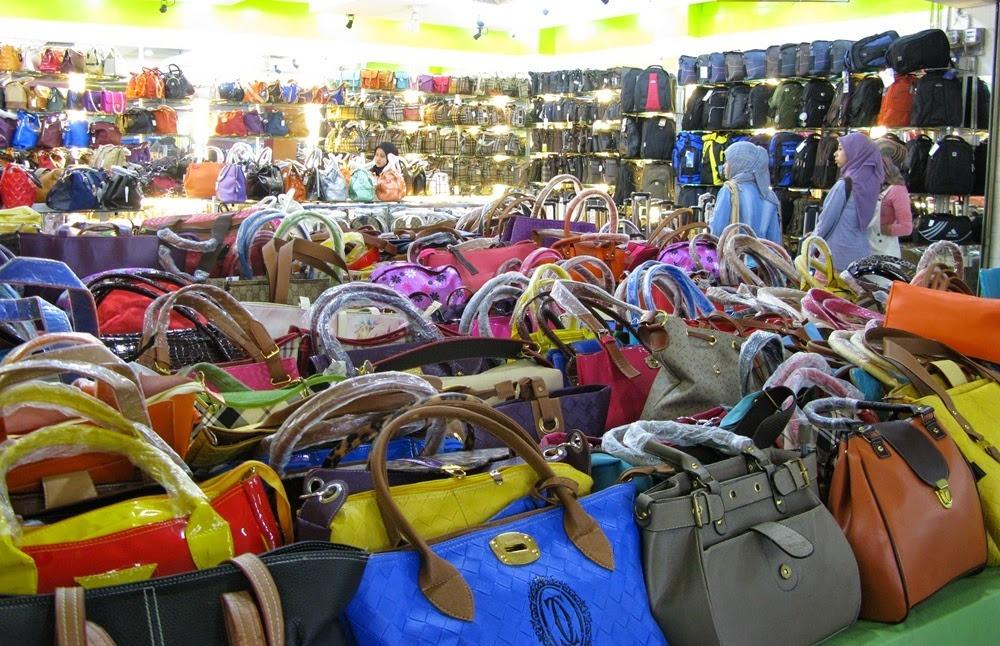 Grosir Murah di Surabaya 3 Keuntungan Belanja Di Pusat Grosiran Tas Surabaya